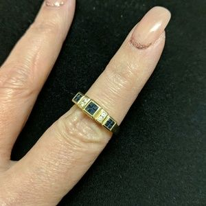 Jewelry - 14kt gold diamond and sapphire ring